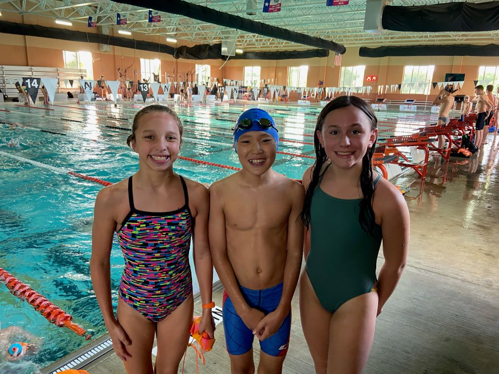 nitro swimmers at chuck mcclune meet